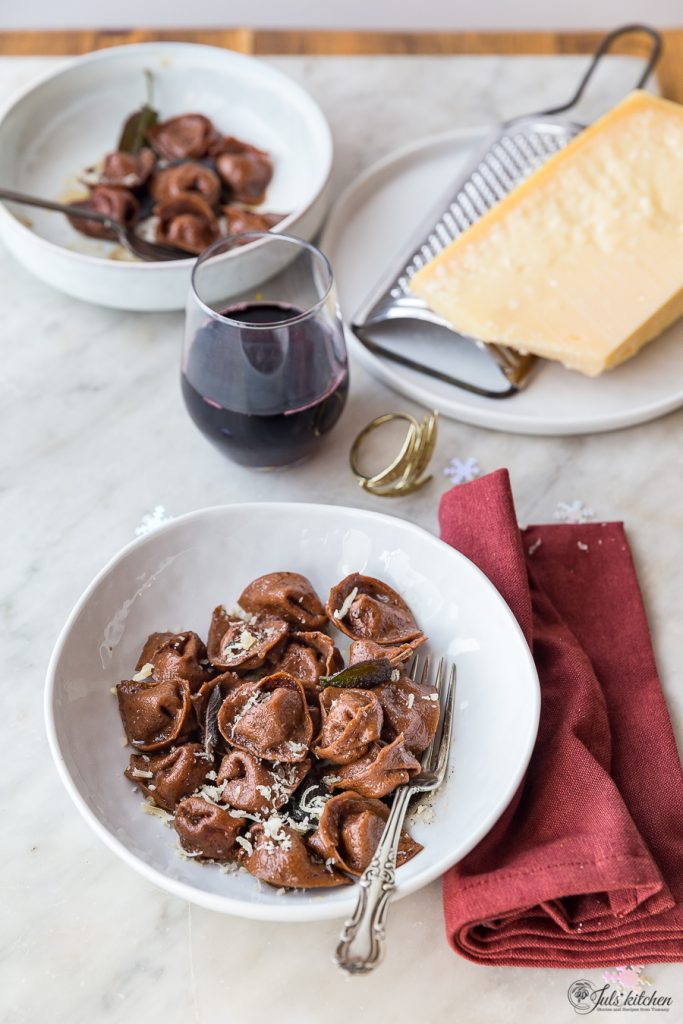 Cocoa cappellacci with butternut squash and walnuts